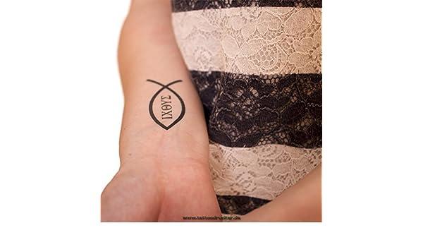 Tatuaje con el símbolo cristiano del pez eucarístico, con texto ...