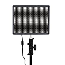 Andoer Aputure Amaran HR672S 672pcs LED Video Light CRI95+ Light Panel with F970 Batteries Wireless Remote Control for Nikon Canon Pentax Sony Photography