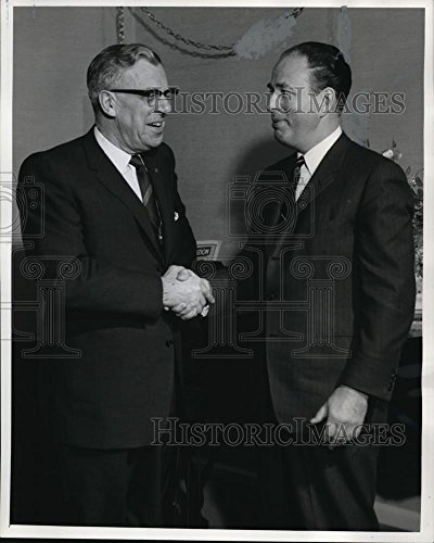1963 Press Photo Coy G Ecklund Vp Equitable Life Insurance Company   Ora29611