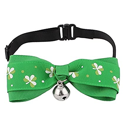 Amazon.com : Padrão DealMux Clover pingente de sino Pet Dog Cat Bowtie Gravata Collar, Verde : Pet Supplies