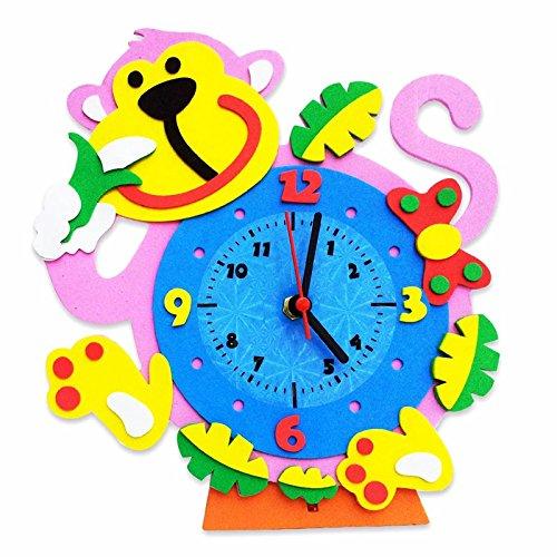 1pcs/Creative Handmade Clock Toy Fun DIY 3D Animal Shape Handcraft Clock Educational Handwork Ability Training Toy for Kids random toy.
