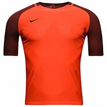 d2e117f6 Amazon.com : Nike Training T Shirt Aeroswift Strike Max Orange Kids Unisex  Size Medium : Sports & Outdoors