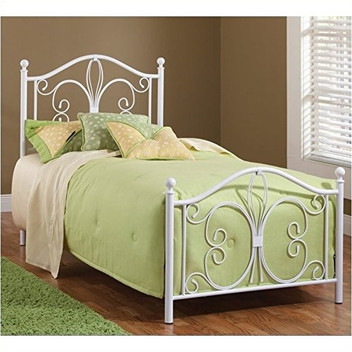 King Size Set Footboard (Hillsdale Furniture 1687BKR Ruby Bed Set with Rails, King, Textured White)