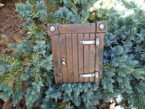 Hobbit Gateway (The Magical Doorway) Ideal for Garden Walls - Bottom of Trees