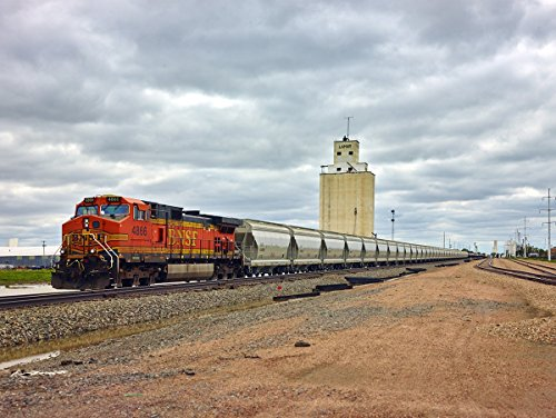 esel locomotive and what seems like an endless line of hopper cars- Highsmith ()