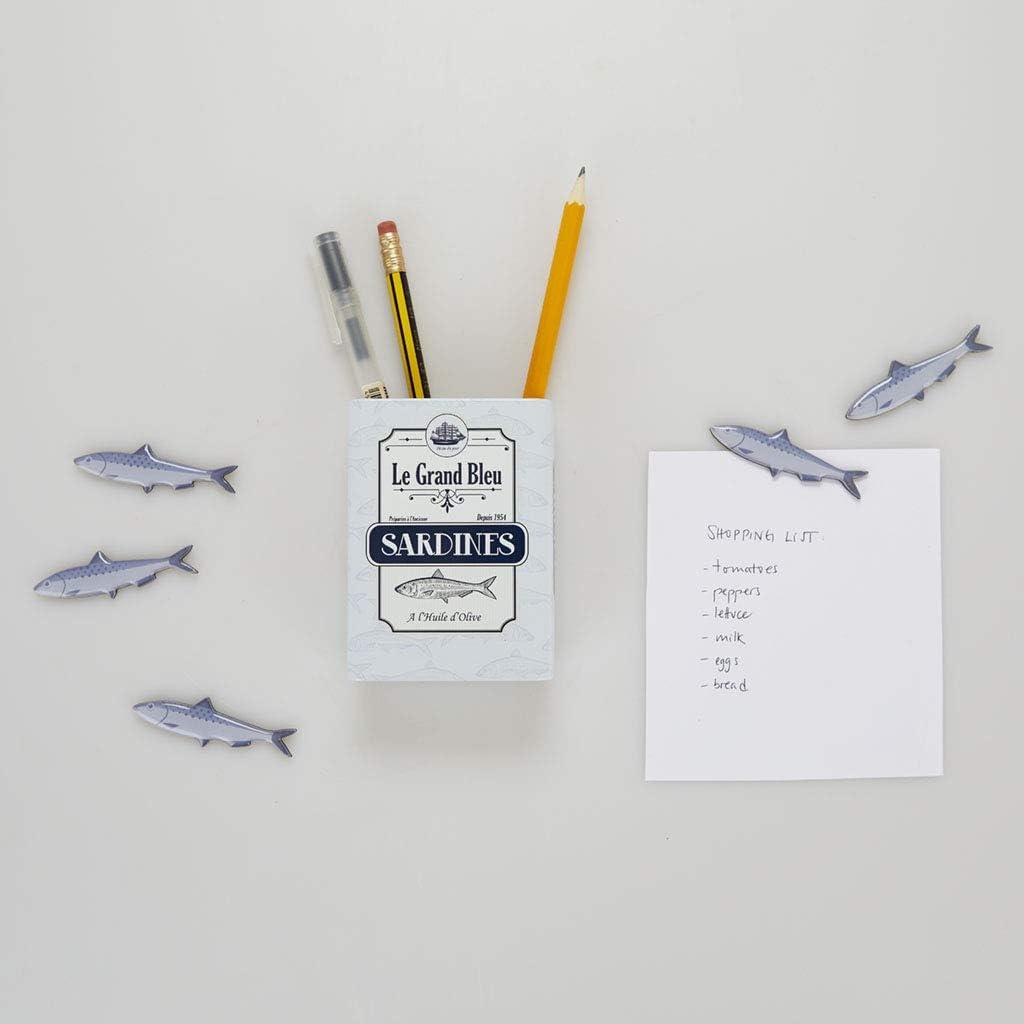 Balvi Portal/ápices magn/ético Sardines Color Blanco Bote con dise/ño de Lata de sardinas con im/án para l/ápices y Otros Utensilios para la Nevera y Escritorio Lata 9,5x7x3