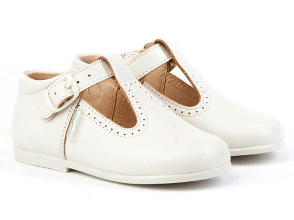 b602f0c34 AngelitoS Pepitos de Niño de Piel Color Beige. Marca Modelo 503. Calzado  Infantil Hecho EN España. Número 20  Amazon.es  Zapatos y complementos