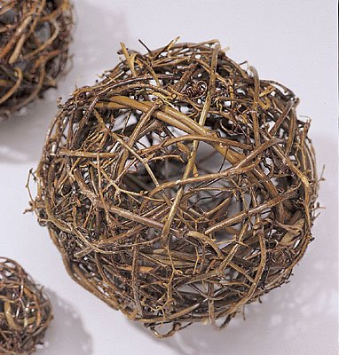 Natural Grapevine Topiary Balls 6, 8, 10, 12, 16, 18, 24, 30, 36in. sizes wire frame -- Single 6 inch ball ()