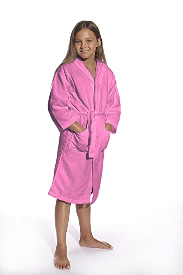add9a56b85 Amazon.com  Kid s Waffle Hooded Unisex Bathrobe 100% Cotton Kids Robe Hooded  Spa Party Robe Pink Small  Medium  Clothing