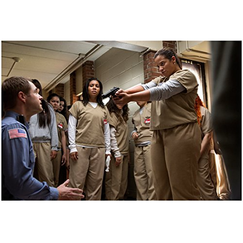 Dascha Polanco 8 Inch X 10 Inch Photograph Orange Is The New Black  Tv Series 2013     Pointing Gun At Guard Kn