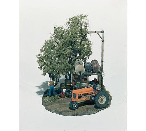 Woodland Scenics HO Scale Mini-Scene Tractor Pit Stop