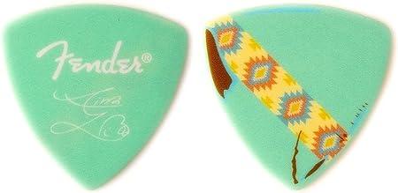 Amazon _ 【6枚セット】Fender Artist Signature Pick Aina Yamauchi_あいにゃん SILENT SIREN シグネチャー ギター ピック _ ギターピック _ 楽器