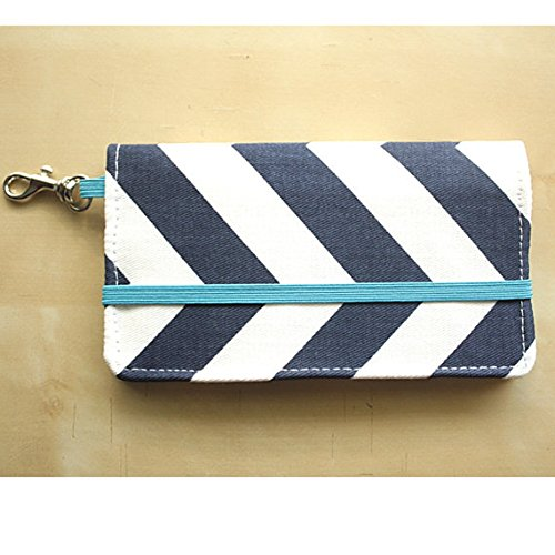 kailo-chic-extra-large-cell-phone-wallet-navychevron-with-wrist-strap