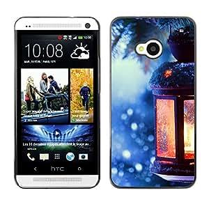 Qstar Arte & diseño plástico duro Fundas Cover Cubre Hard Case Cover para HTC One M7 ( Lantern Winter Picea Christmas Tree Ice)