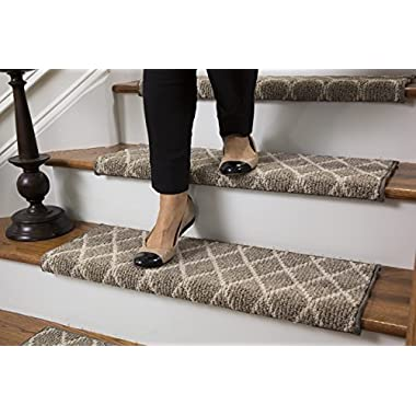 Jardin Wool Inspired Bullnose Carpet Stair Tread with Adhesive Padding - Fontainebleau, By Tread Comfort (27  Wide - Single, Beige)