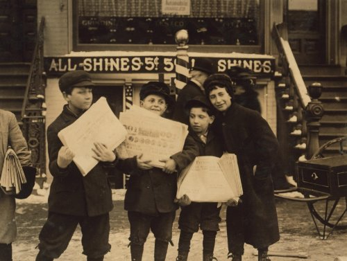 1910 child labor photo Newsie, selling in the afternoon--after school hours. e3