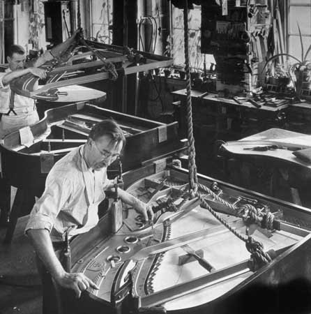 Photo Steinway Piano Strings Factory 1934 New York - Factory Photo
