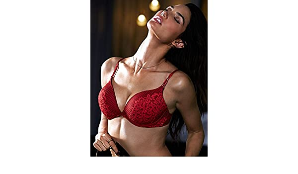 8f25c424fb Victoria s Secret Womens Bombshell Limited Edition Add-2 cups Push-up Bra  34AA Ignited Red at Amazon Women s Clothing store