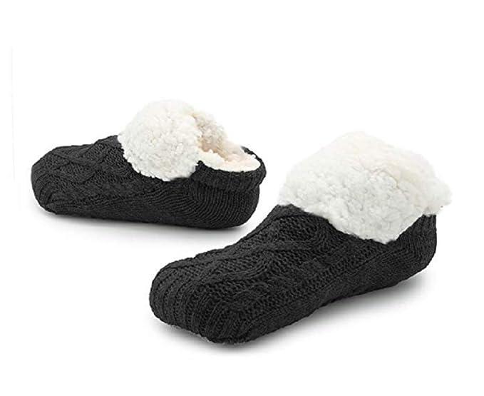 f6848571346 Slipper Fluffy Socks for Women Men Heat Holding Sock Knitted Socks Wool  Sherpa Fuzzy Bed Slippers Size 5-8 Non Slip (Black)  Amazon.co.uk  Clothing