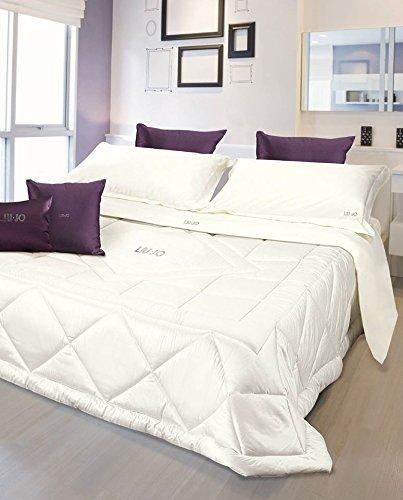 Trapunta invernale per letto matrimoniale modello tellaro Liu jo Casa  bianco 50% ffbb105c6e2