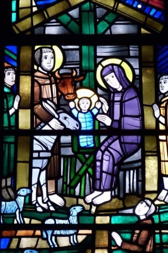 Nativity Scene in Stained Glass Journal: 150 page lined ()
