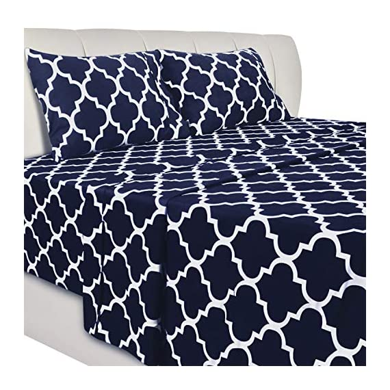 Utopia Bedding Printed Bed Sheet Set- Soft Brushed Microfiber Fabric-Easy Care - Wrinkle, Shrinkage and Fade Resistant 4 Piece Bedding (Queen, Quatrefoil Navy) - BED SHEET SET - Includes 1 flat sheet measuring 90 by 102 inches with a 4 inches self-hem; 1 fitted sheet measuring 60 by 80 inches with a 15 inches box for over sized bedding and 2 pillowcases measuring 20 by 30 inches each BRUSHED MICROFIBER - Polyester brushed microfiber fabric is twice as fine as silk that gives a soft feel and maximum comfort SOFT AND COMFORTABLE - Soft and comfortable material gives you the best of sleeping experience - sheet-sets, bedroom-sheets-comforters, bedroom - 51vZIEuDzoL. SS570  -