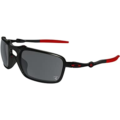 ef4af80748c90 Amazon.com  Oakley Men s Badman Polarized Iridium Rectangular