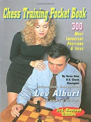Chess Training Pocket Book: 300 Most Important Positions (Comprehensive Chess Course Series)