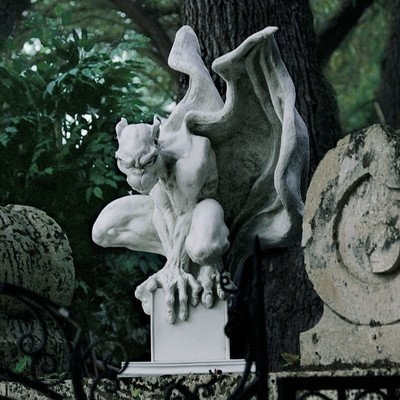 Design Toscano Draga the Gargoyle Vampire Statue Size: Large