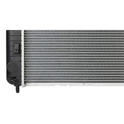 Sunbelt Radiator For Chevrolet Silverado 2500 HD GMC Sierra 1500 2423 Drop in Fitment: Automotive