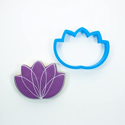 Amazoncom Frosted Cookie Cutters Lotus Flower Cookie Cutter