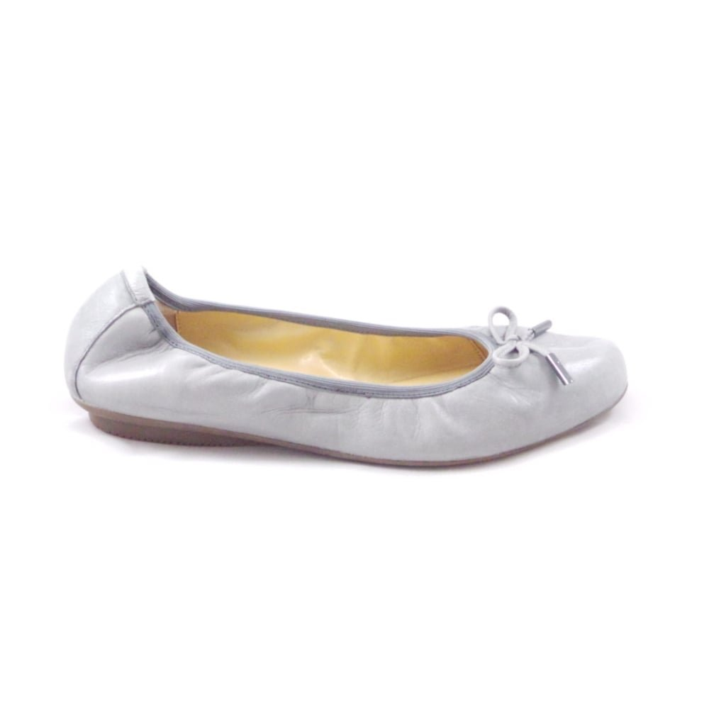 the best attitude 5befc f6cbf Gerry Weber Bella 02 Light Grey Leather Ballerina Pump Shoe ...