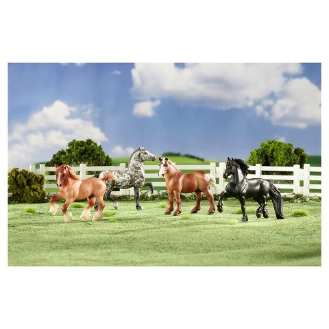 New Stablemates Gentle Giants Draft Horse Set