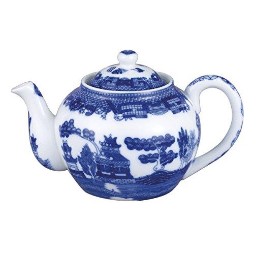 HIC Harold Import Co. 3726 6 Cup 32 oz Blue Willow Teapot, Fine White Porcelain, 32-Ounce