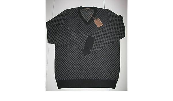 25013e44b875 LOUIS VUITTON DAMIER GRAPHITE V-NECK SWEATER at Amazon Men s Clothing store