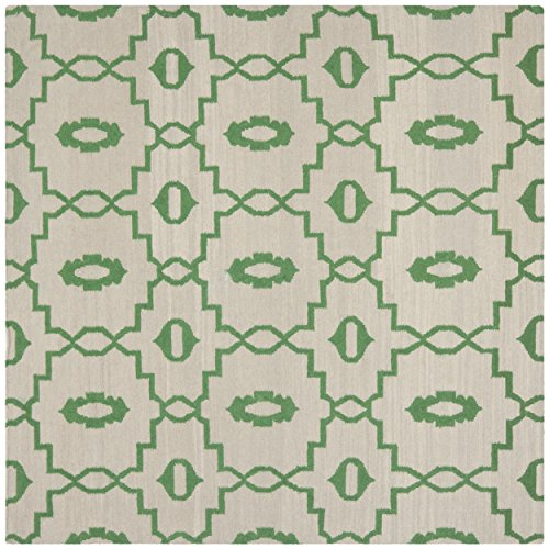 Safavieh Dhurries Collection DHU205B Hand Woven Ivory and Green Premium Wool Square Area Rug (8' Square)