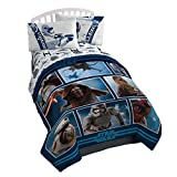 Star Wars EP7 Live Action Twin Comforter - Super Soft Kids Reversible Bedding - Fade Resistant Polyester Microfiber Fill (Official Product)