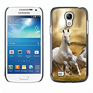 Be Good Phone Accessory // Dura Cáscara cubierta Protectora Caso Carcasa Funda de Protección para Samsung Galaxy S4 Mini i9190 MINI VERSION! // Horse White Wild Free Running Field De