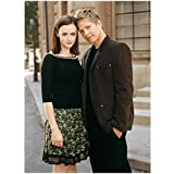 Gilmore Girls 8 x 10 Photo Rory Gilmore Sharing a Nice Moment w/Logan Huntzberger Pose 2 kn