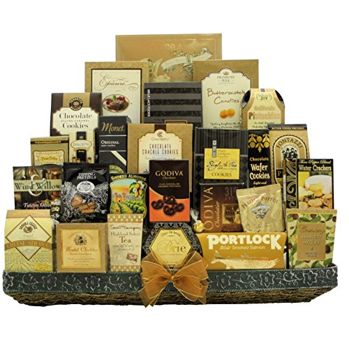 Great Arrivals Gourmet Gift Basket, The VIP (Olive Tuscan Cheeseball)