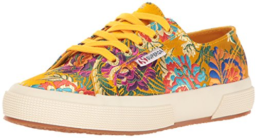 Superga Vrouwen 2750 Korelaw Fashion Sneaker Mosterd