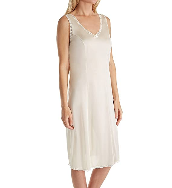 3d126edd219 Shadowline 26 Inch Princess Full Slip (3411) at Amazon Women s Clothing  store