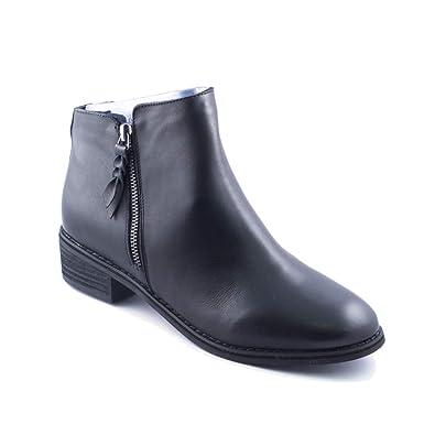 2656fd5e26e Blondo New Women s Liam Waterproof Ankle Bootie Black Leather 6