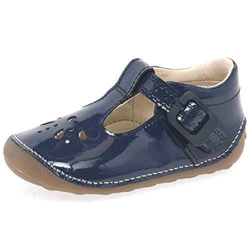 4eb254cbcec57 Clarks 3981-27G Little Weave Navy Patent Kids First Shoes  Amazon.co.uk   Shoes   Bags