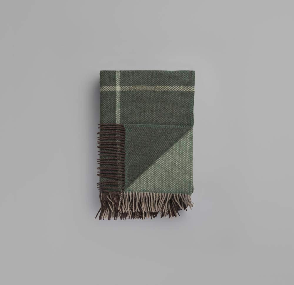 Roros Tweed Modell Filos in Grün 3655