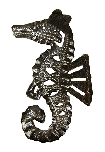 Small-Seahorse-Metal-Ocean-Life-Sculpture-Fair-Trade-Artwork-From-Haiti-Indoor-or-Outdoor-Use