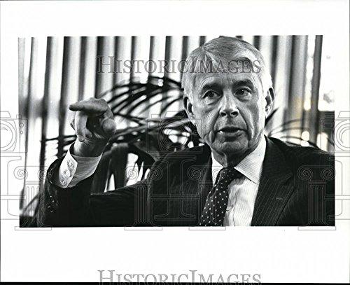 1988 Press Photo Ward Smith Of Nacco Industries Of Shaker Hts   Cva42226   8 X 10 In    Historic Images