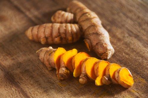 51voFVgROmL - Bhanu Fresh Yellow Turmeric Roots 1 Lb *High Quality*