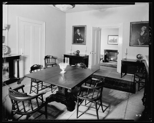 Photo: Burt House,interior,143 George Street,Saint Augustine,St Johns County,FL,1936 - Augustine Shopping St Fl