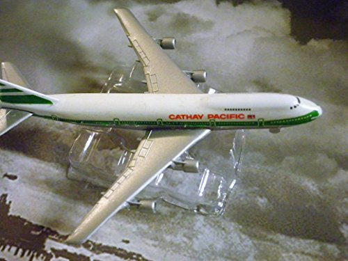cathay-pacific-hong-kong-airline-747-200-jet-plane-1600-scale-die-cast-plane-made-in-germany-by-scha